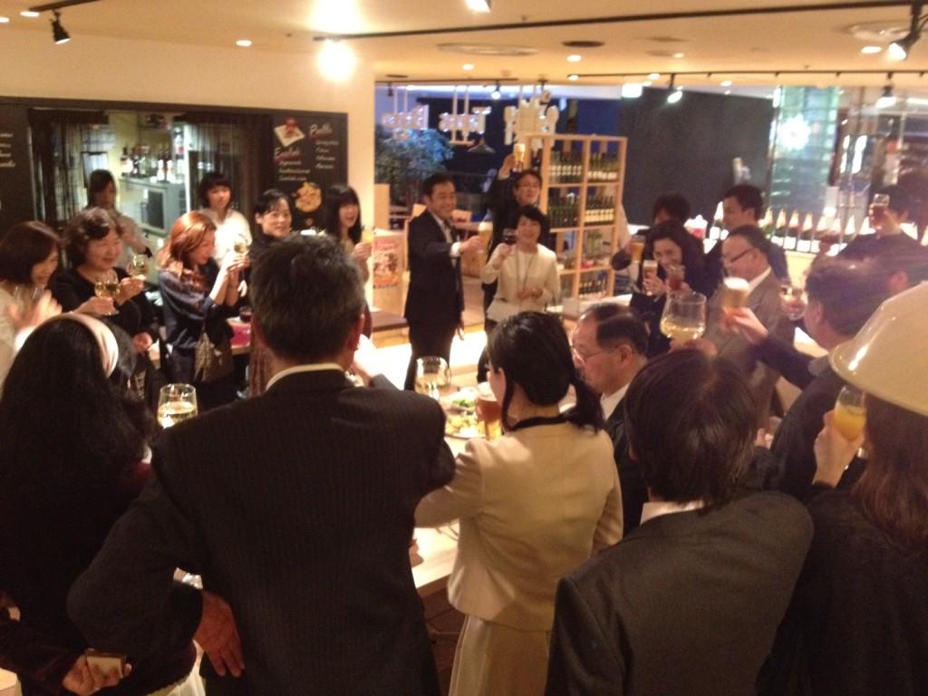 3月1日(火)【俱楽部2010交流パーティー特別企画】若尾裕之著「幸せは心のなかで、あなたの気づきを待っている」出版前夜祭開催!