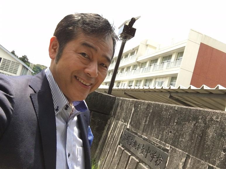 静岡県の中学校で「自分自身の未来への脚本を書く」を テーマに講演