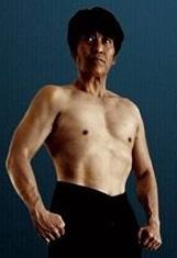 町田さん半身写真
