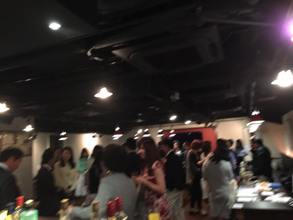 延期させていただきます。 9月22日(日)【独身者限定】ロイヤル倶楽部シングルズパーティー開催!